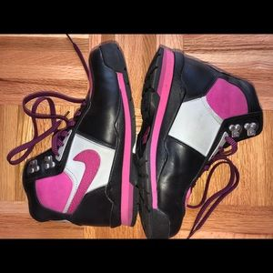 Nike air high top sneakers exclusive pink & black